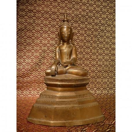 Bronze Buddha 210