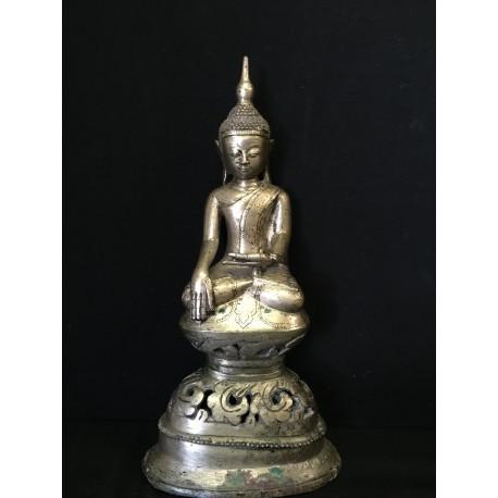 Bronze Buddha 251