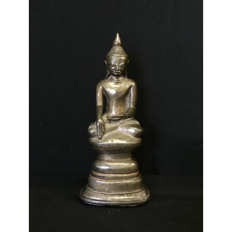Bronze Buddha 186